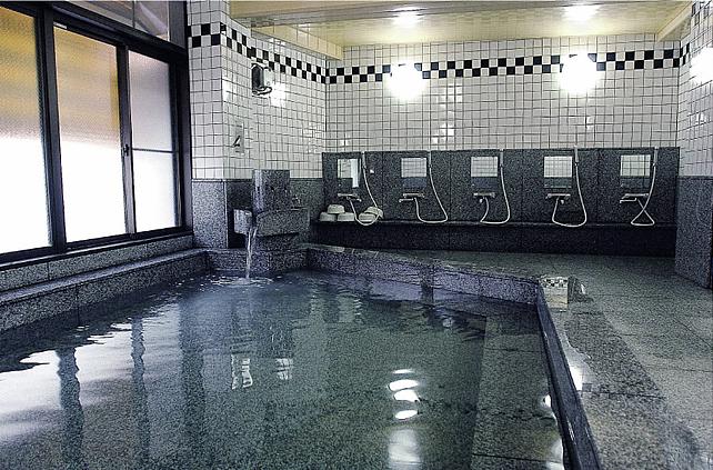 山川 くり屋 温泉 浴室