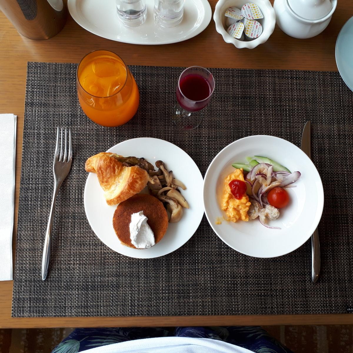 シェラトングランデオーシャンリゾート クラブラウンジ 朝食サービス