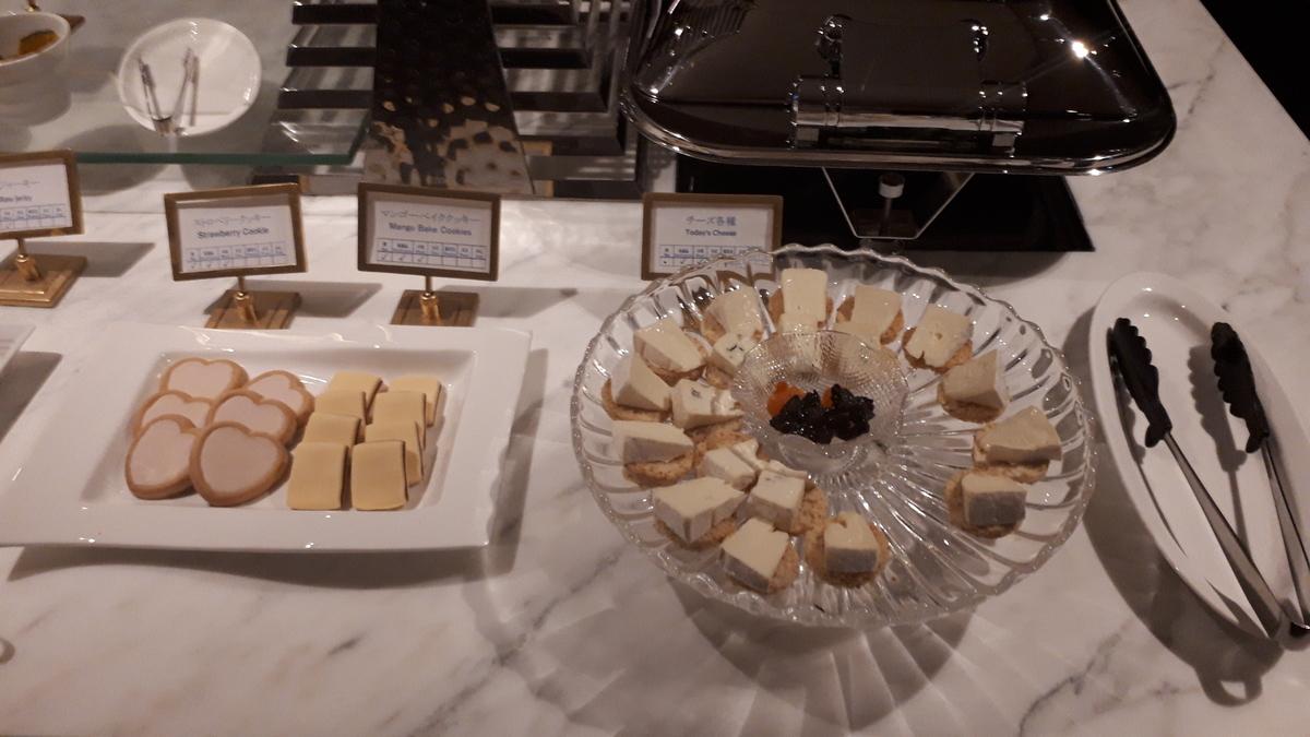 シェラトングランデオーシャンリゾート クラブラウンジ バータイム クッキー チーズ